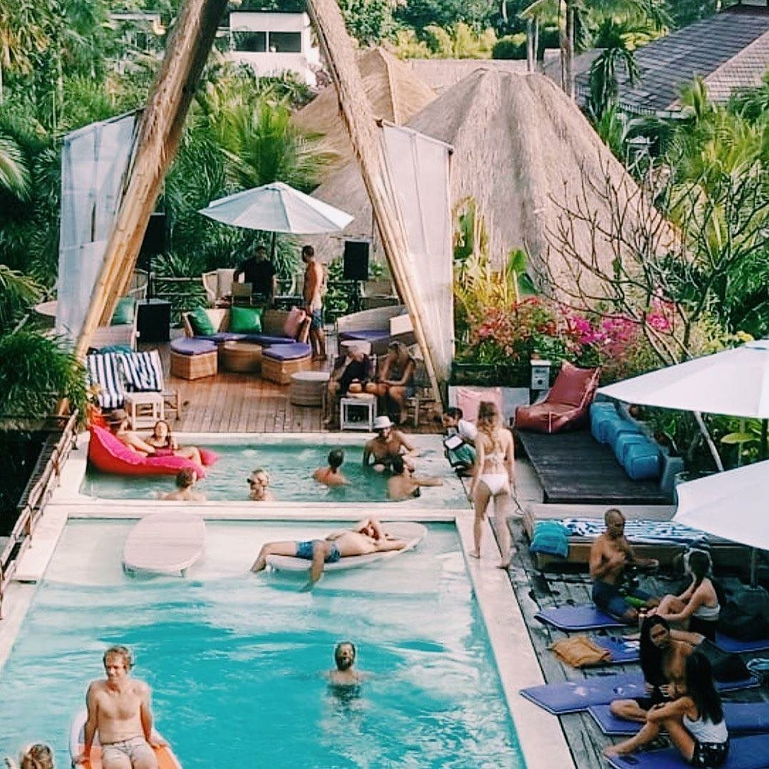 Sunday Pool Party At The Mansion Wellness - Newspolitans